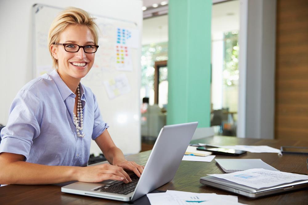 Überwachung privater E-Mails im Büro